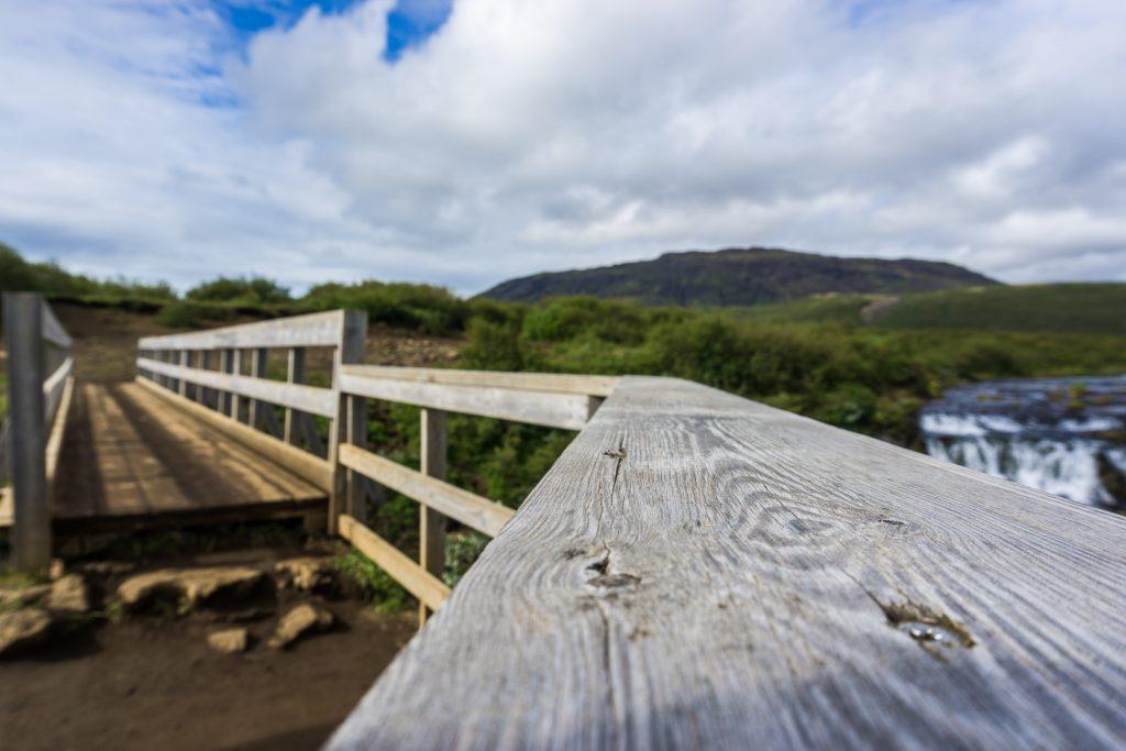 Мост через Бруару